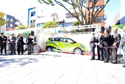 2台目「お茶のまち静岡市」ラッピングタクシーのお披露目会も行われました! 現在、清水管内を中心に運行中です。