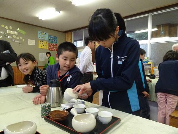 お茶の美味しい入れ方教室がスタートしましたの画像
