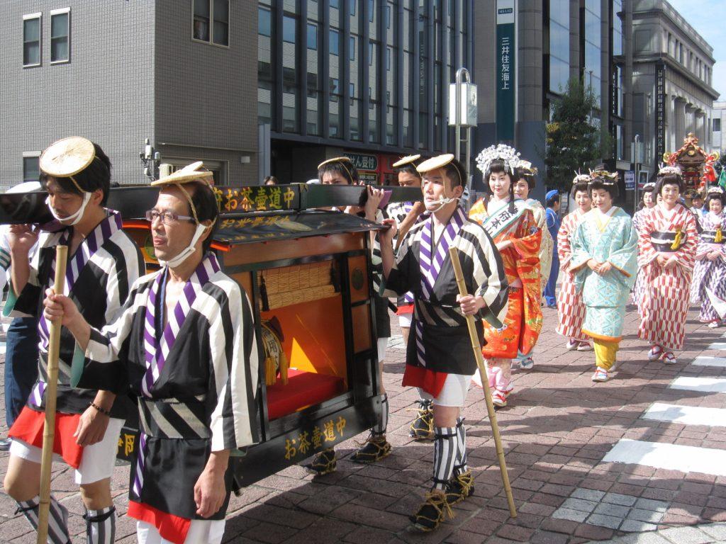 第36回駿府本山お茶壺道中行列・口切りの儀が開催されます!の画像