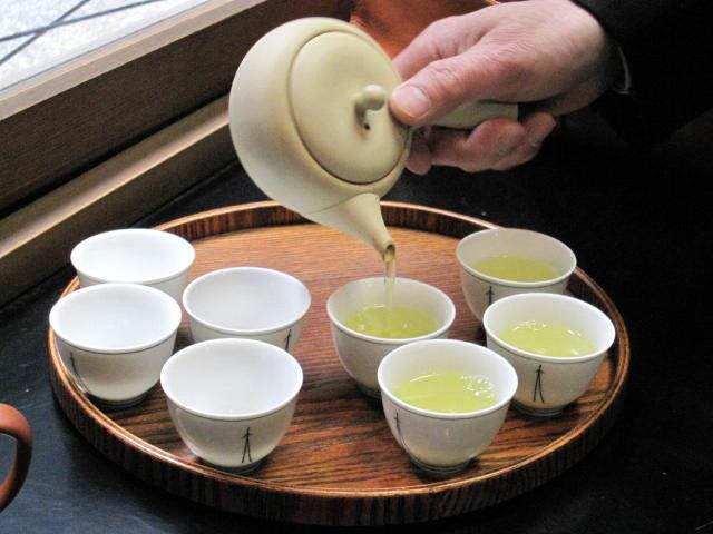 お茶に新型コロナウイルス不活化効果を確認した研究結果が報告されています!の画像